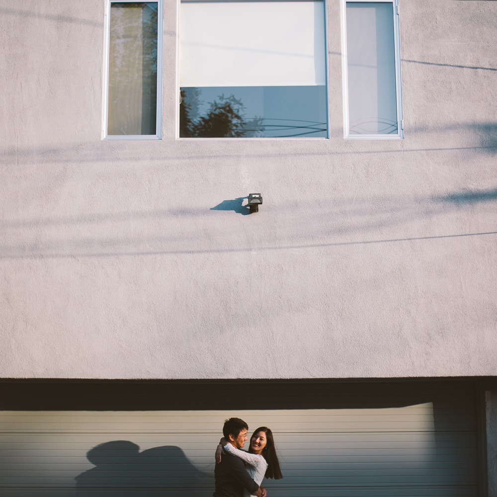 Venice Canals Engagement Photographer Santa Monica Wedding Photographer Offbeat Casual Fun Indie Candid Contemporary-1116