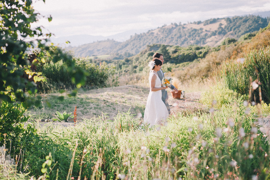 mayacamas ranch wedding photographer j wiley photography rustic elegant wedding colorful candid barn vineyard napa calistoga wine country california destination wedding photographer-6828