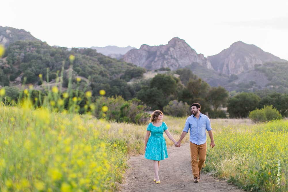 malibu engagement photography los angeles wedding photographer candid indie field mountains wildflowers-1144