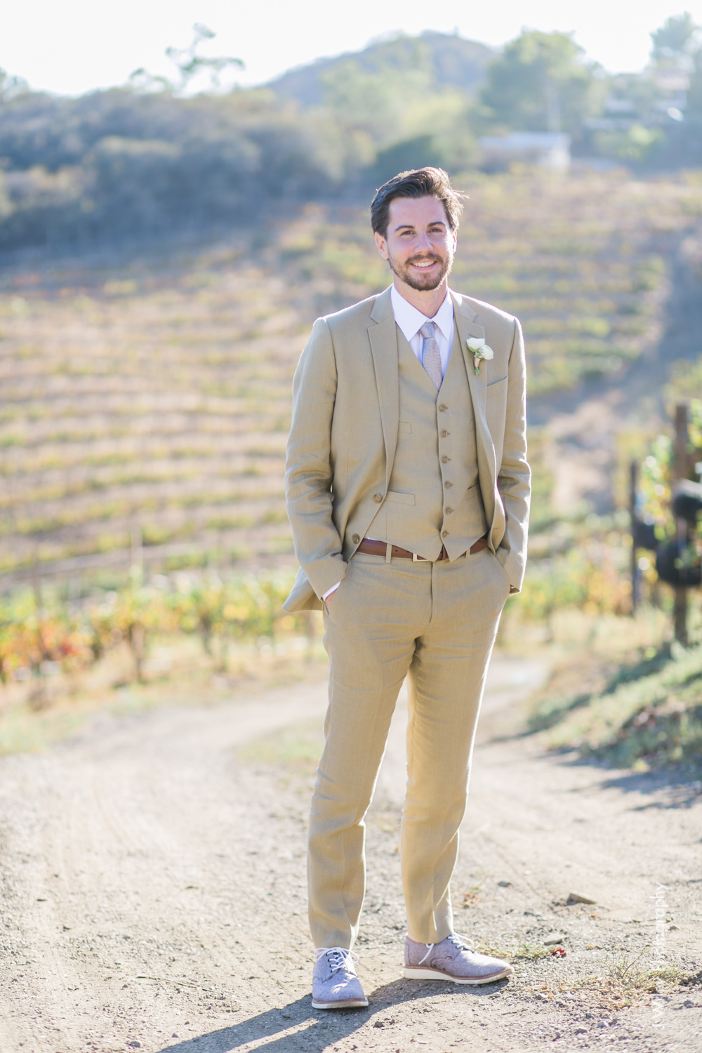 j wiley rustic whimiscal saddlerock ranch vineyard wedding malibu neutral gold mountains-1173