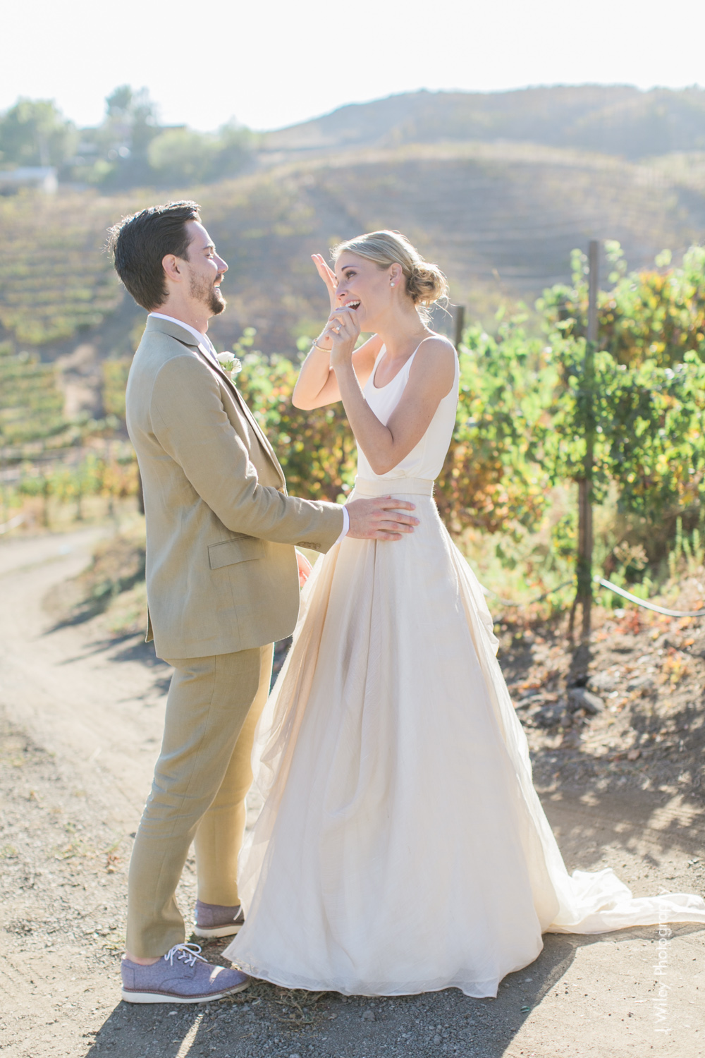 j wiley rustic whimiscal saddlerock ranch vineyard wedding malibu neutral gold mountains-1195