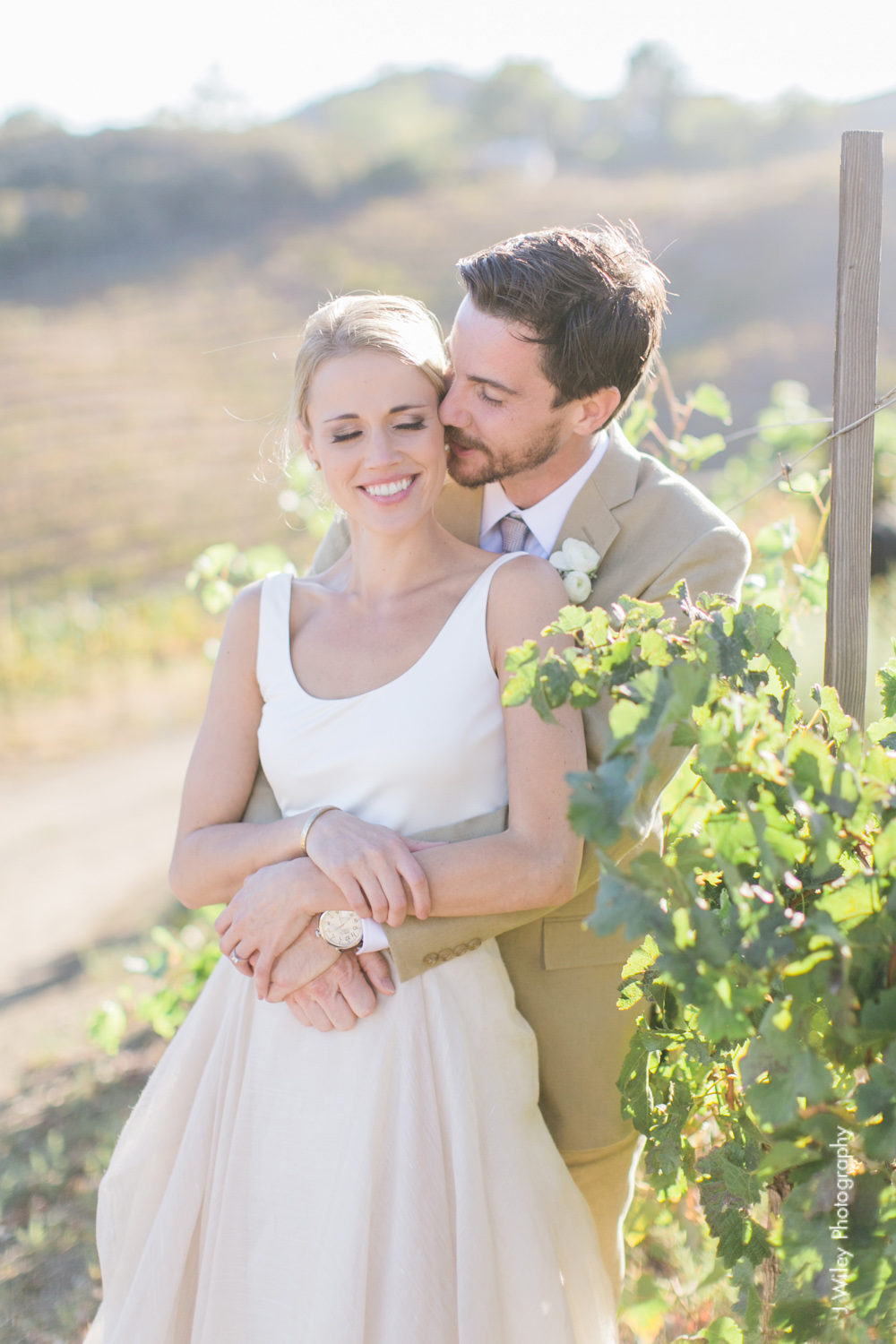 j wiley rustic whimiscal saddlerock ranch vineyard wedding malibu neutral gold mountains-1243