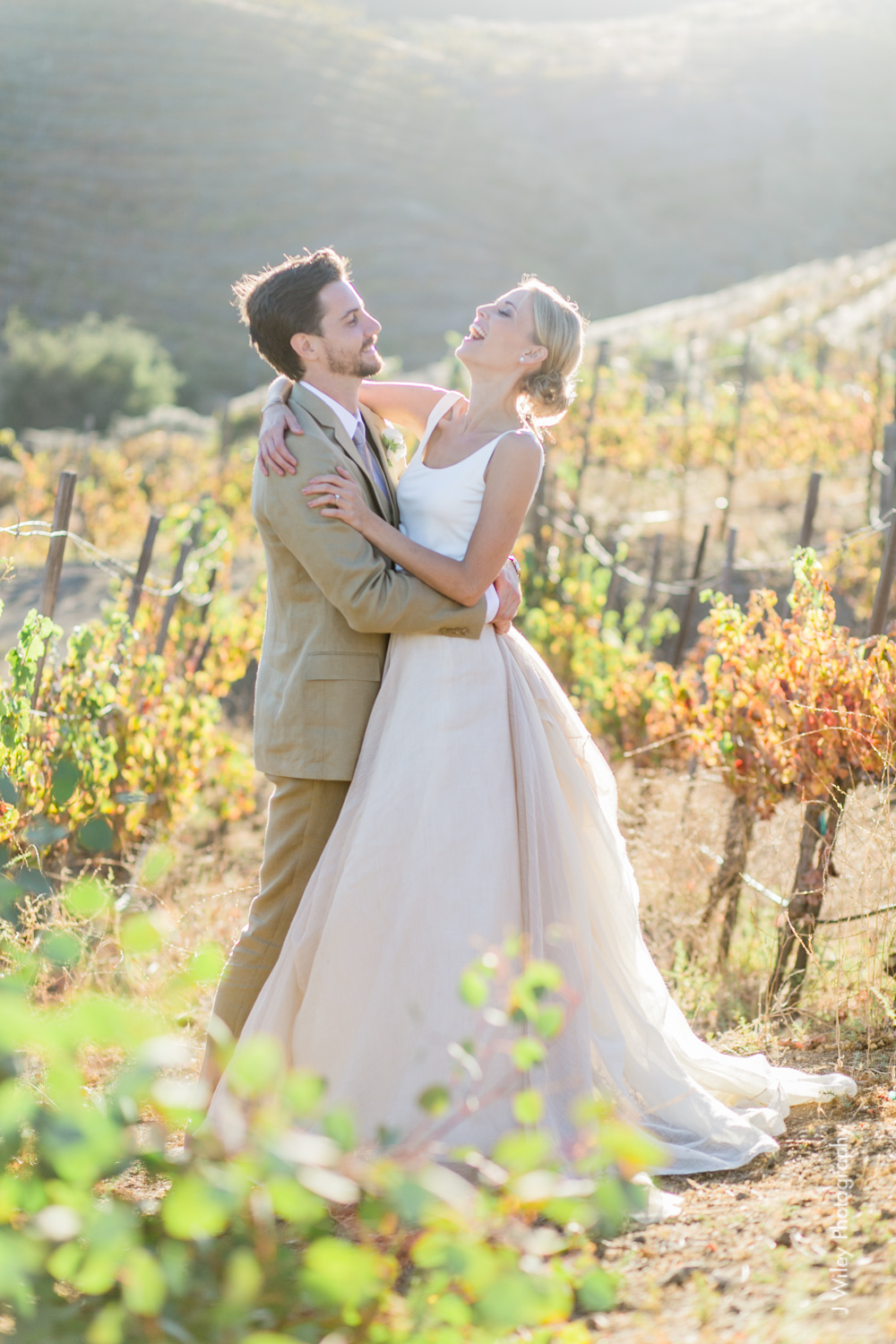 j wiley rustic whimiscal saddlerock ranch vineyard wedding malibu neutral gold mountains-1314