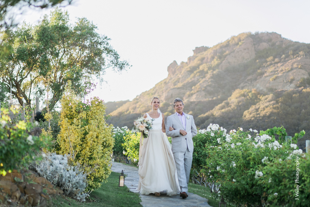 j wiley rustic whimiscal saddlerock ranch vineyard wedding malibu neutral gold mountains-1367
