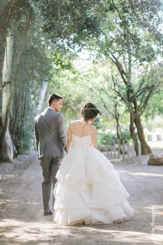 calamigos ranch malibu wedding pink confetti first look ferris wheel-1201