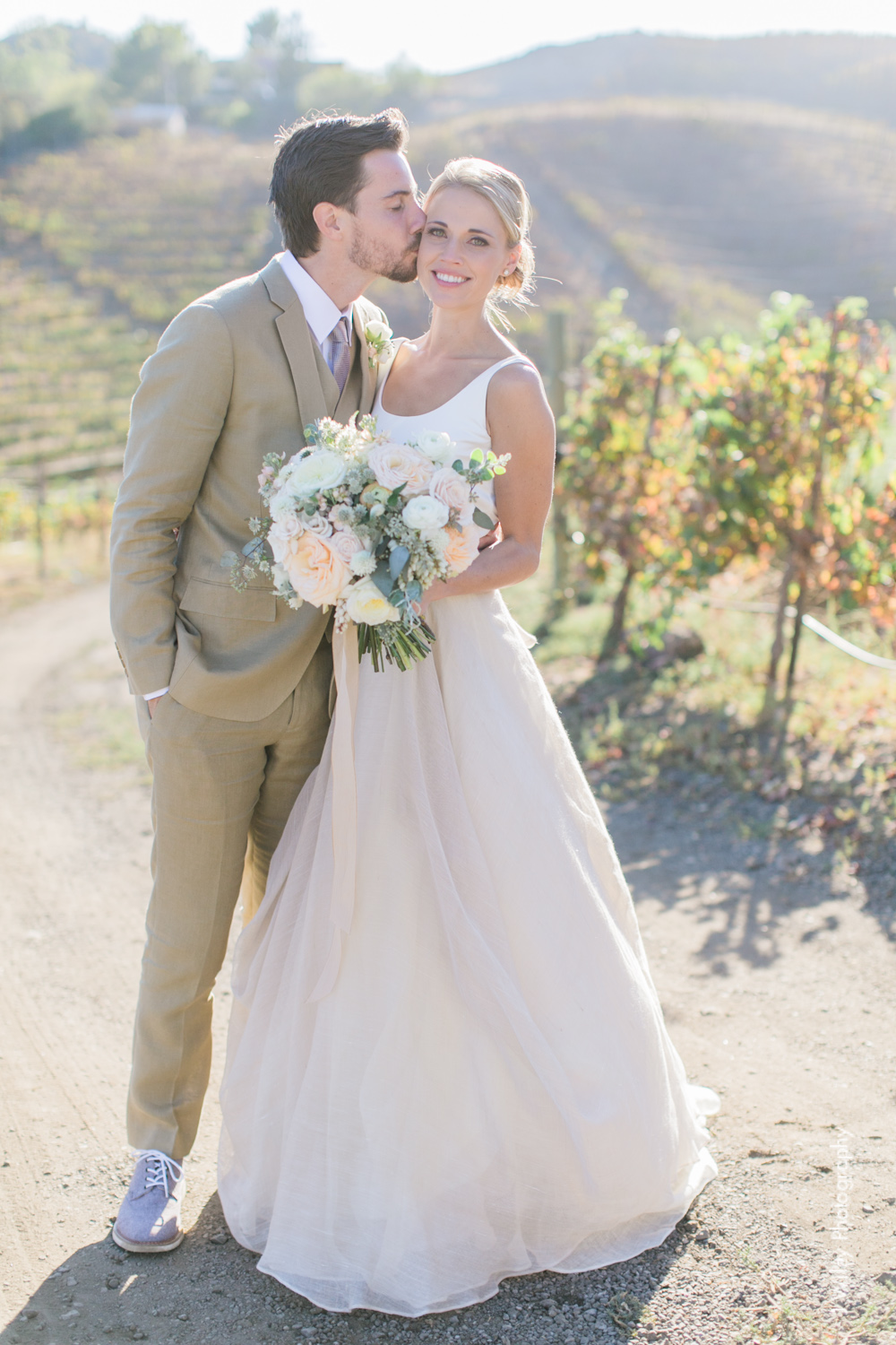 j wiley rustic whimiscal saddlerock ranch vineyard wedding malibu neutral gold mountains-1217