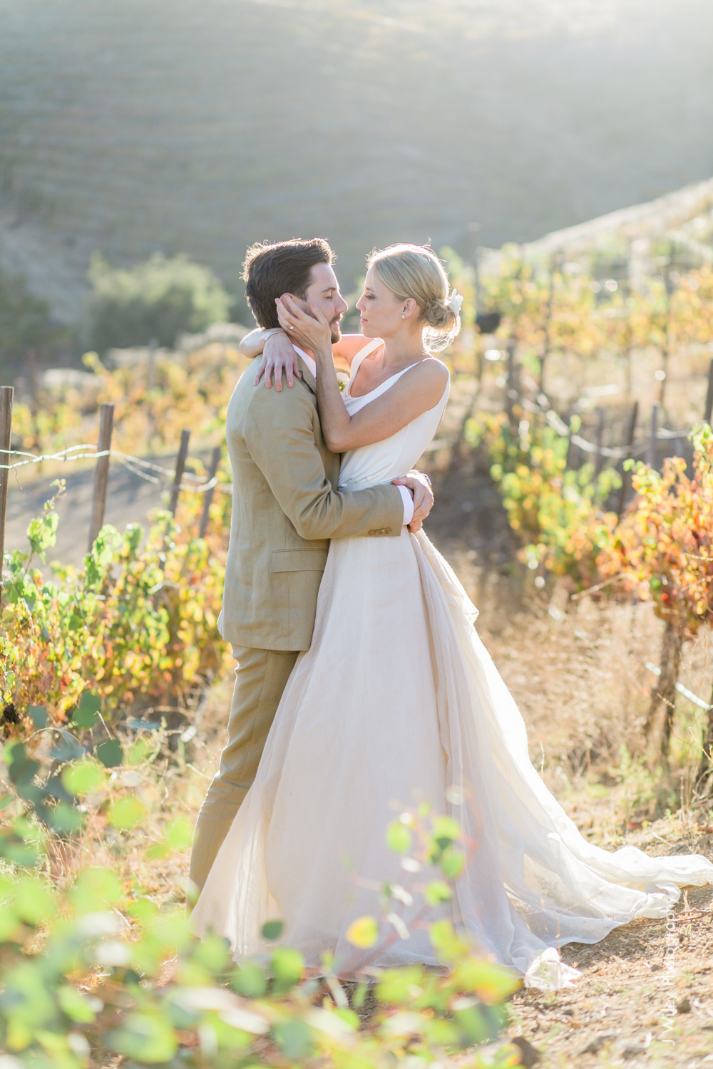 j wiley rustic whimiscal saddlerock ranch vineyard wedding malibu neutral gold mountains-1317